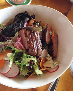 web_grilled-flatiron-steak-salad